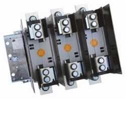 FUSE SWITCH 125A 3 POLE PANEL MOUNT. COMES WITH HANDLE/SHAFT & PHASE BARRIERS. USE TFP FUSE
